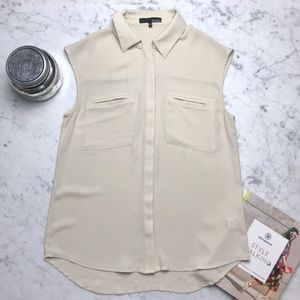 Ro & De Sleeveless Collared Button Down Blouse Top
